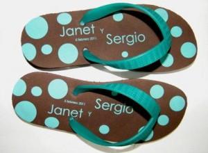 sandalias y pantuflas para tu fiesta, boda, evento. ll�manos. quer�taro