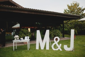 iniciales de novios tamaño gigante para bodas
