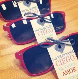lentes para sol para recuerdo de boda en playa